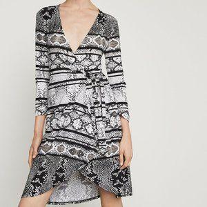 BCBGMaxAzria Adele Snakeskin Wrap Dress Size Small